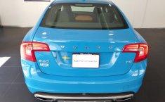 Se pone en venta un Volvo S60-12