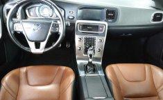 Se pone en venta un Volvo S60-11