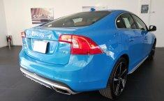Se pone en venta un Volvo S60-10