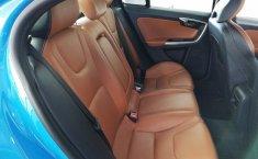 Se pone en venta un Volvo S60-8