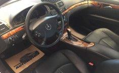 Un carro Mercedes-Benz Clase E 2003 en Gustavo A. Madero-4