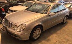 Un carro Mercedes-Benz Clase E 2003 en Gustavo A. Madero-3