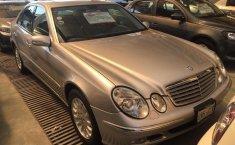 Un carro Mercedes-Benz Clase E 2003 en Gustavo A. Madero-2
