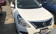 Se vende un Nissan Versa de segunda mano-10