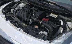 Se vende un Nissan Versa de segunda mano-5