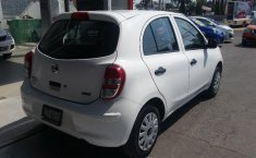 Nissan March impecable en Puebla-8