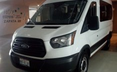 SHOCK!! Un excelente Ford Transit 2017, contacta para ser su dueño-4