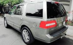 Me veo obligado vender mi carro Lincoln Navigator 2009 por cuestiones económicas-3