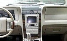 Me veo obligado vender mi carro Lincoln Navigator 2009 por cuestiones económicas-1