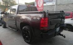 Urge!! En venta carro GMC Sierra 2010 de único propietario en excelente estado-4