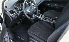 En venta un Nissan Sentra 2018 Automático en excelente condición-4