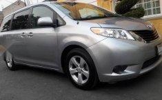 Pongo a la venta cuanto antes posible un Toyota Sienna que tiene todos los documentos necesarios-4