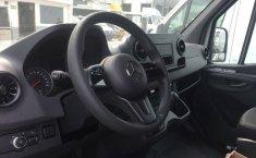 Vendo un Mercedes-Benz Sprinter en exelente estado-3