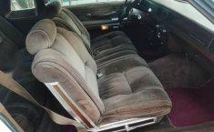 Se vende un Ford Grand Marquis de segunda mano-3