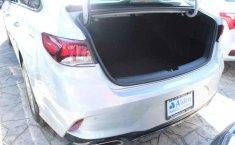Carro Hyundai Sonata 2018 de único propietario en buen estado-7