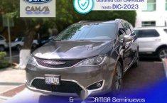 Urge!! En venta carro Chrysler Pacifica 2017 de único propietario en excelente estado-10