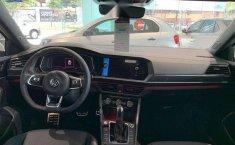 Vendo un Volkswagen Jetta impecable-1
