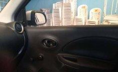 En venta un Nissan March 2013 Automático muy bien cuidado-3