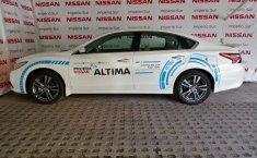 Vendo un carro Nissan Altima 2018 excelente, llámama para verlo-8