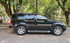 Pongo a la venta un Nissan Pathfinder en excelente condicción-8