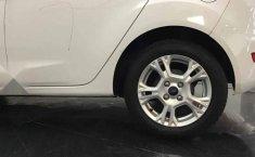 Un carro Ford Fiesta 2015 en Lerma-9