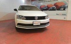 Pongo a la venta cuanto antes posible un Volkswagen Jetta que tiene todos los documentos necesarios-4