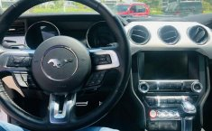 Un Ford Mustang 2015 impecable te está esperando-19