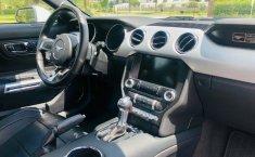 Un Ford Mustang 2015 impecable te está esperando-17