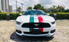 Un Ford Mustang 2015 impecable te está esperando-9