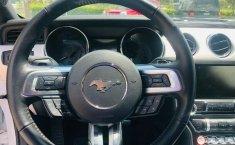 Un Ford Mustang 2015 impecable te está esperando-5