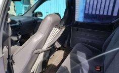 Un excelente Chrysler Grand Caravan 1996 está en la venta-7