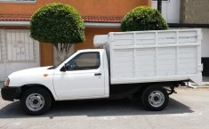 Nissan NP300 2014 impecable-4