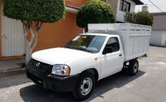 Nissan NP300 2014 impecable-3