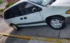 Un excelente Chrysler Grand Caravan 1996 está en la venta-1