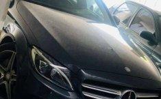 Pongo a la venta un Mercedes-Benz Clase C en excelente condicción-4