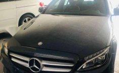 Pongo a la venta un Mercedes-Benz Clase C en excelente condicción-2