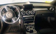 Pongo a la venta un Mercedes-Benz Clase C en excelente condicción-0