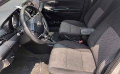 En venta carro Toyota Yaris 2017 en excelente estado-2