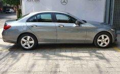 Vendo un Mercedes-Benz Clase C impecable-12