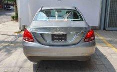 Vendo un Mercedes-Benz Clase C impecable-8