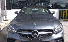 Coche impecable Mercedes-Benz Clase C con precio asequible-12