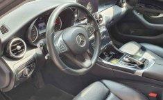 Vendo un Mercedes-Benz Clase C impecable-7