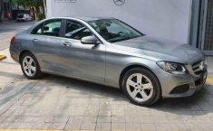 Vendo un Mercedes-Benz Clase C impecable-4