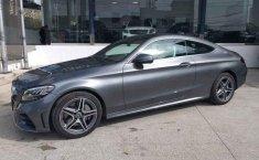 Coche impecable Mercedes-Benz Clase C con precio asequible-9