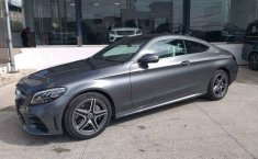 Coche impecable Mercedes-Benz Clase C con precio asequible-7