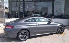 Coche impecable Mercedes-Benz Clase C con precio asequible-1