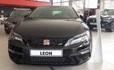 Coche impecable Seat Leon con precio asequible-6