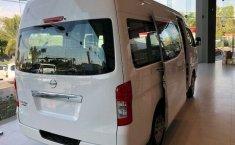 Vendo un Nissan Urvan NV350 en exelente estado-1