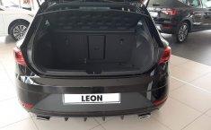 Coche impecable Seat Leon con precio asequible-0
