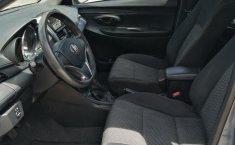 Urge!! Vendo excelente Toyota Yaris 2017 Manual en en México State-6